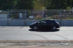 Nissan Leaf, ca: 16 mil på en laddning