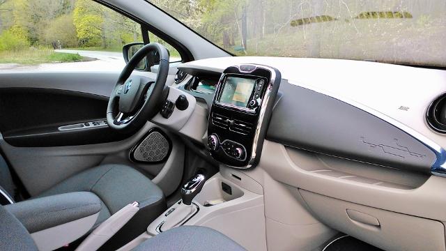 Renault Zoe 2014 (5)