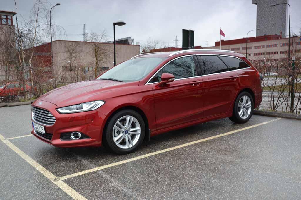 Ford Mondeo kombi 2015 (1) 1024