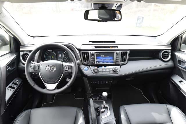 Toyota Rav4 hybrid 2016 (62)640