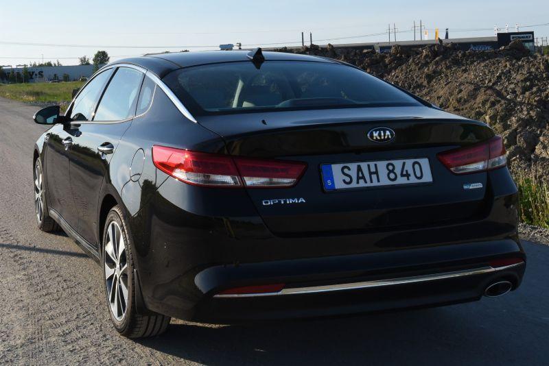 Kia Optima sedan 2016 (4)