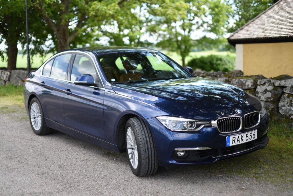 BMW330e_hybrid 2016 (1)