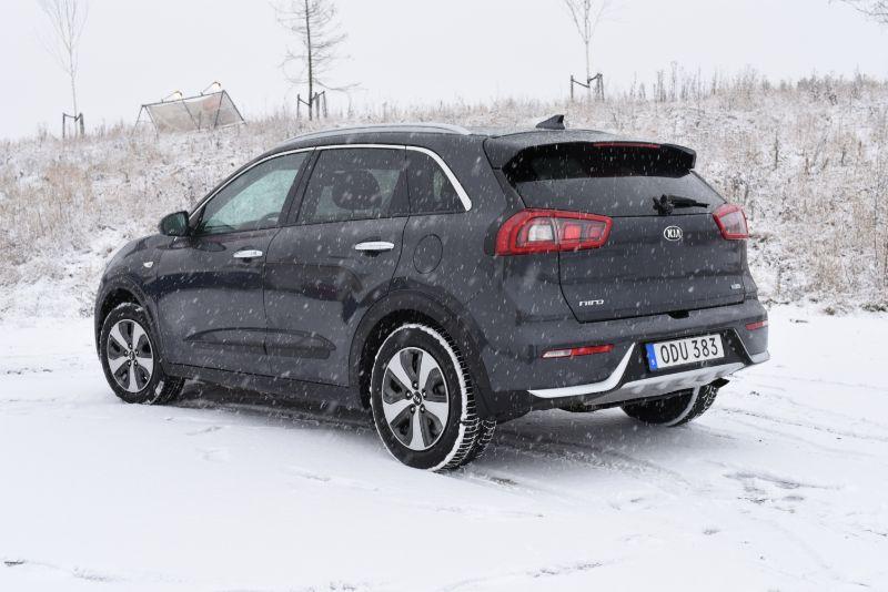 kia-niro-hybrid-2016-3
